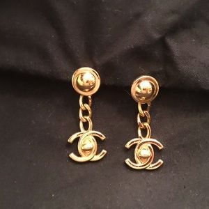 💯%Authentic CHANEL Gold CCTurnLock Circa Earrings